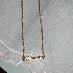 House of Harlow 1960 key necklace